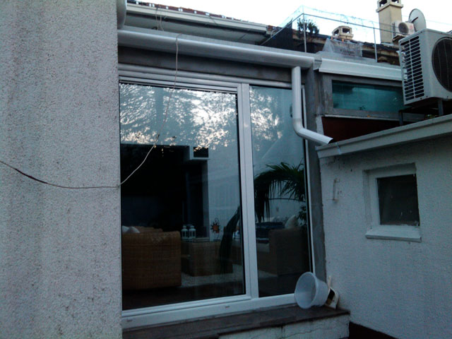 Stakleni krov i alu balkonska vrata sa kombinovanim sistemom otvaranja 7